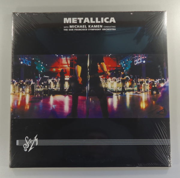 Metallica With Michael Kamen Conducting The San Francisco Symphony Orchestra – S & M